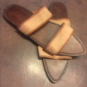free people size 41 OAKLYN sandals. like new